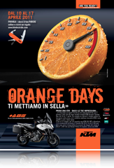 KTM_Orange_Days_Traveler320_
